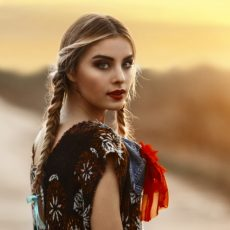 Top 5 Braided hairstyles to enhance your look prettier in the spring season